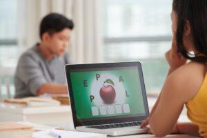 ensino-bilíngue-infantil